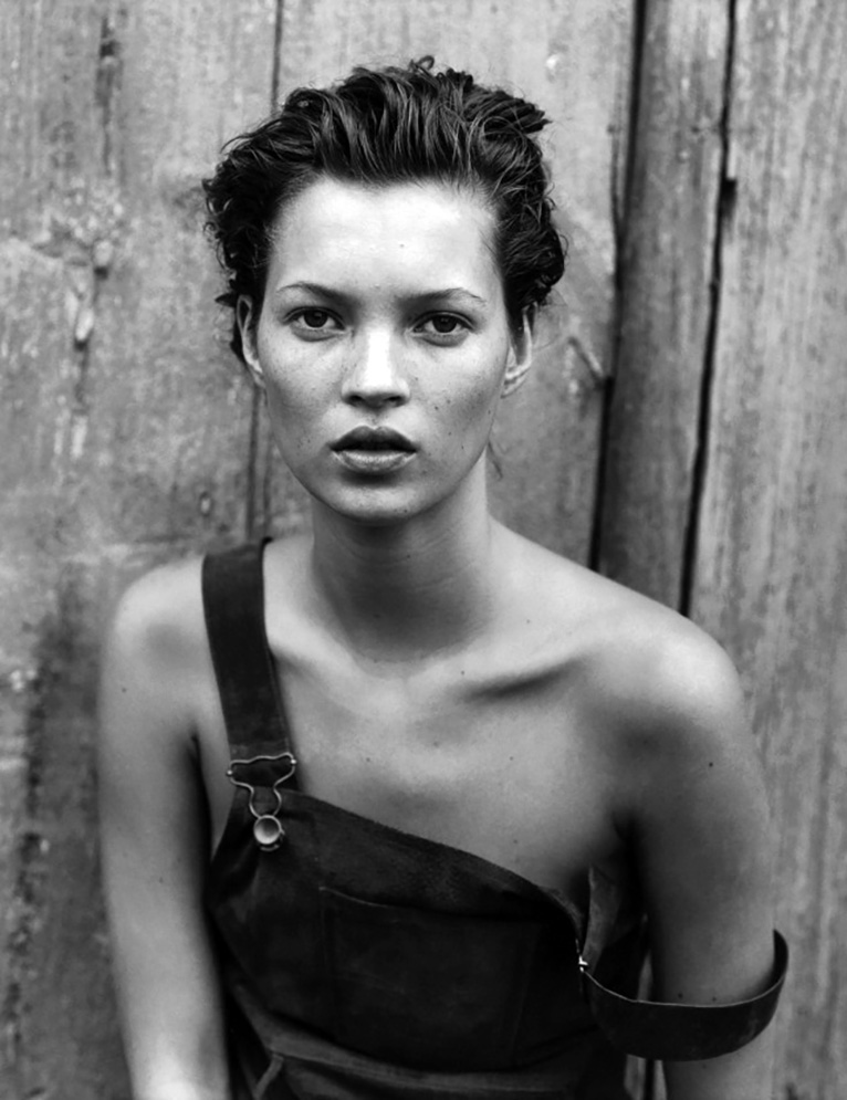 Photographer: Peter Lindbergh, Model: Kate Moss.